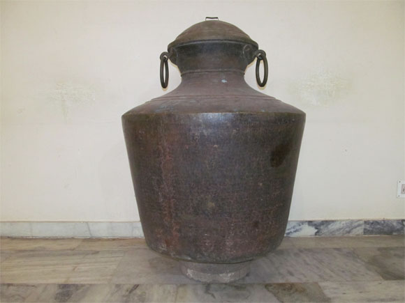 Kidaram – Large Brass Water Storage Pot