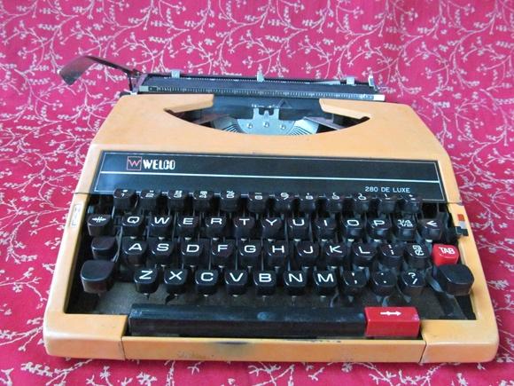 typewriter-5